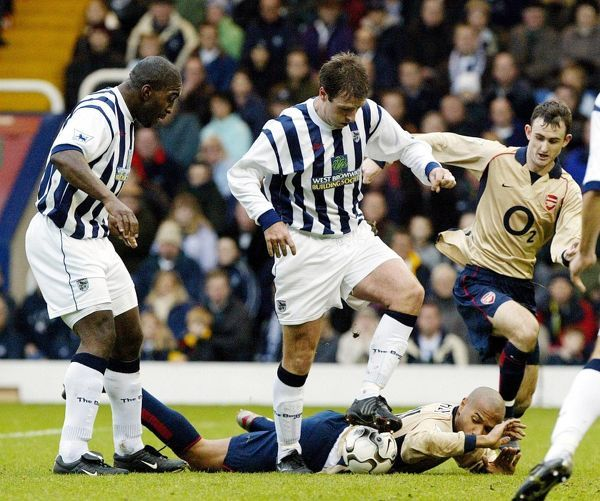 Barclaycard Premiership - West Bromwich Albion v Arsenal - The Hawthorns