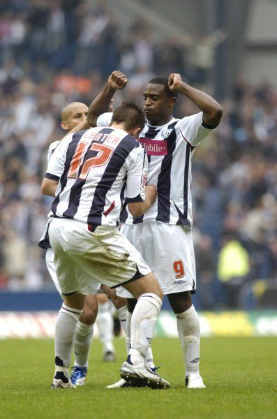 Carter and Ellington celebrate Albion's goal