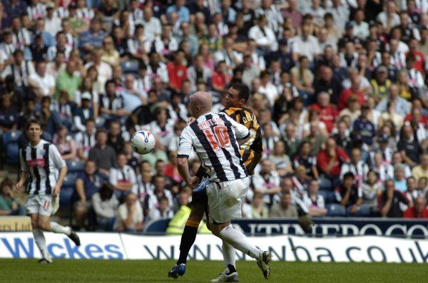 Hartson on his way to the first goal