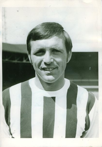 Jeff Astle. Head & shoulders August 70