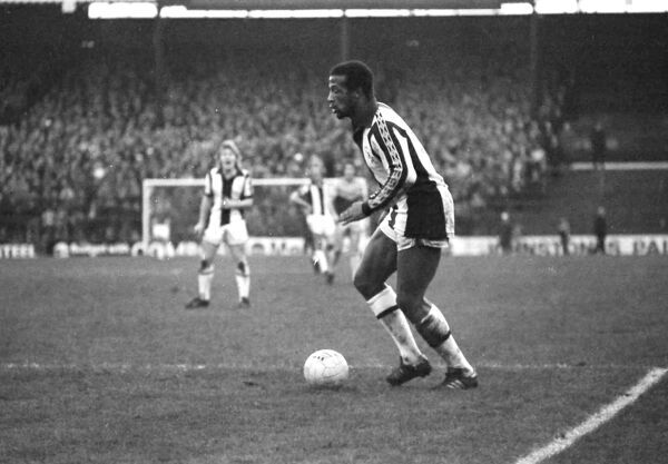 Regis in possession. Albion 1 West Ham United 1, Fa Cup Third Round, 5 January 1980