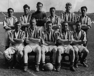 Albion team group circa 1945