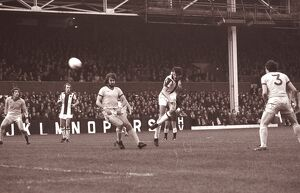 David Cross shoots at Everton's goal