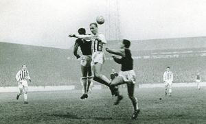 Don Howe wins the header