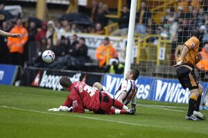 Kevin Phillips can't quite reach the loose ball