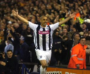 Kevin Phillips celebrates his goal