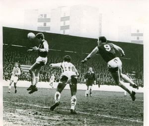 Martin Peters scores for West Ham