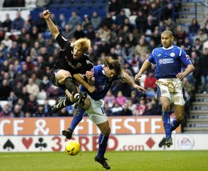 McShane and Johnson tangle for the ball