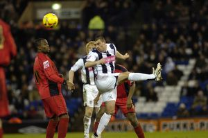 Paul Robinson wins a header