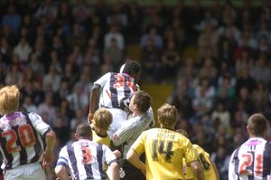 Sodje gets up for another corner