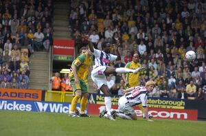 Sodje's volley isn't cleared off the line