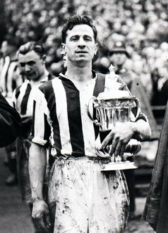 Tommy Glidden with the FA Cup